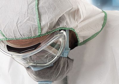 Vestuario desechable de protección química