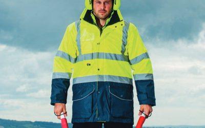 Comprar vestuario laboral contra el frio que cumple la normativa UNE EN-342:2017 o EN-343 para lluvia